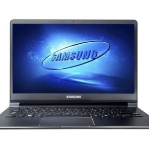 13inch Samsung 900X3E-A01SE Intel Core i5 3317U 4GB 256GB SSD W8 13.3 inches Intel HD Graphics 4000