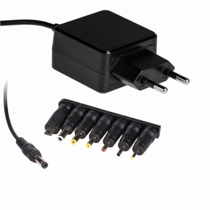 Akyga Yleismallinen Virtalähde / Muuntaja usealla liittimellä 5 V / 3 A / 15 W