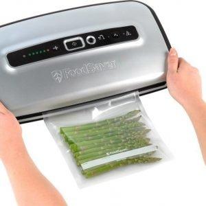 FoodSaver Vacuum Sealer FFS004X