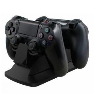 Piranha Playstation 4 Latausasema 2 Ohjaimelle